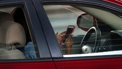 Driver-Texting-jpg_20160803094700-159532