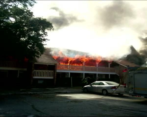 BWOOD APTS FIRE_86134358