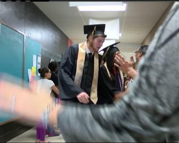 Abilene High School Students Walk the Halls One Last Time_37185063