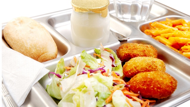 School lunch cafeteria_2076030245429616-159532