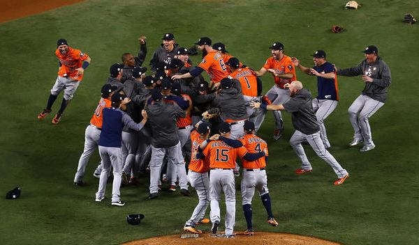 Astros+Houston+World+Series_1509647155201.jpg