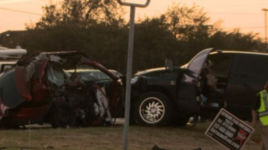Police: Two trucks racing led to the crash that killed 2 Texas children
