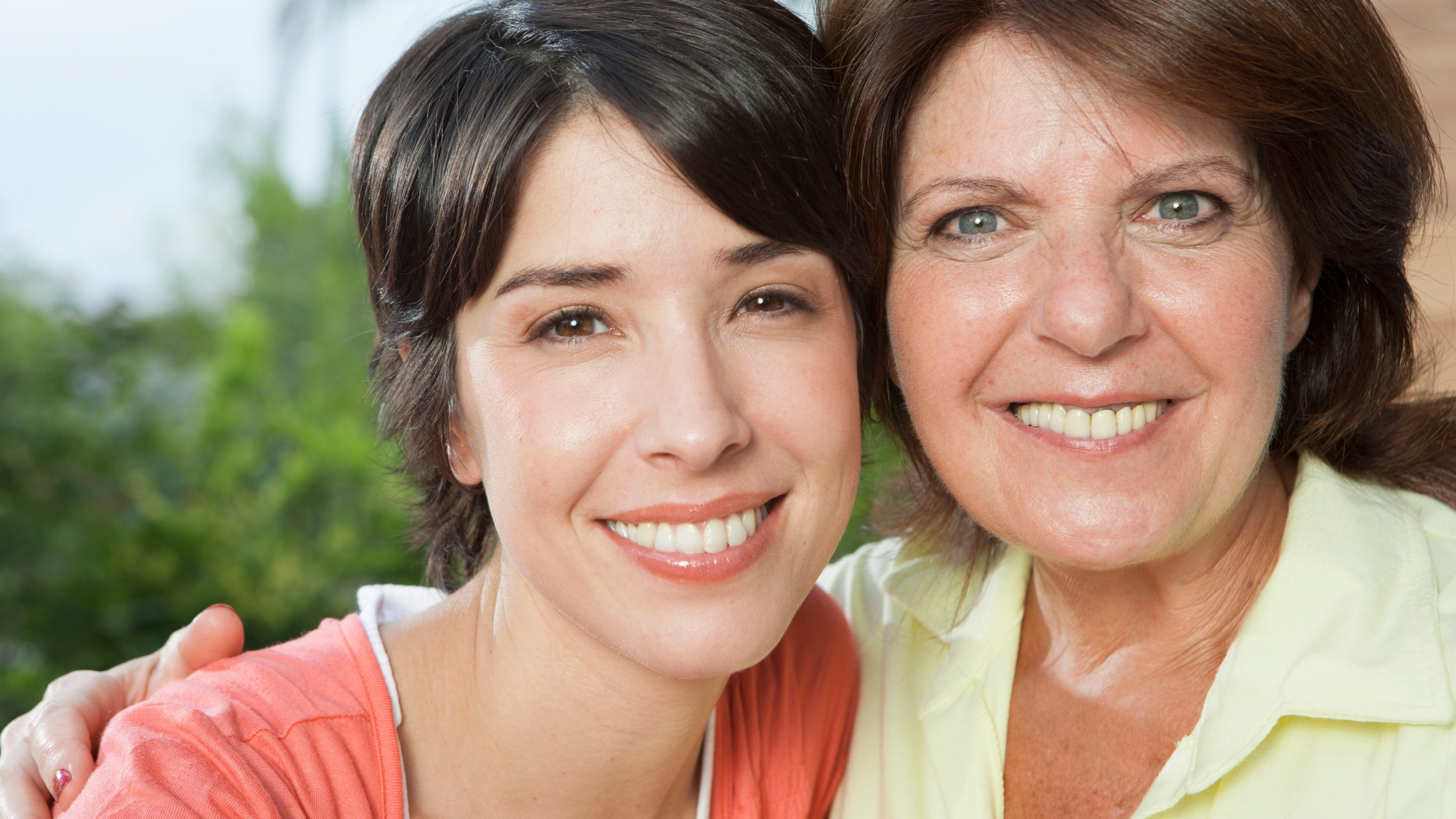 hispanic-mother-and-daughter_HtO8i4RHi_1532700338969.jpg