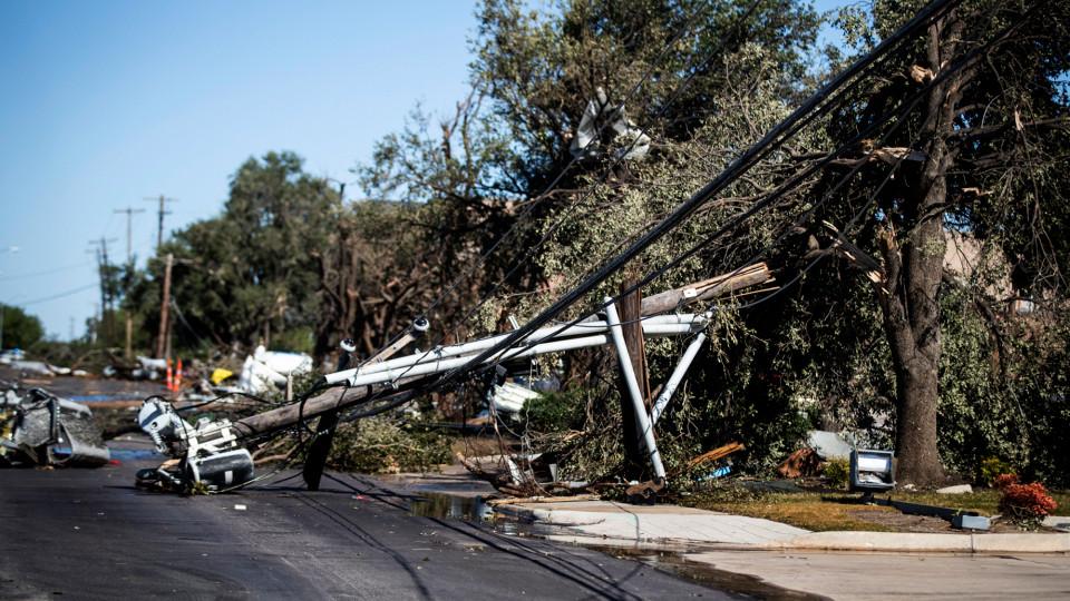 Dallas TX Tornado Damage