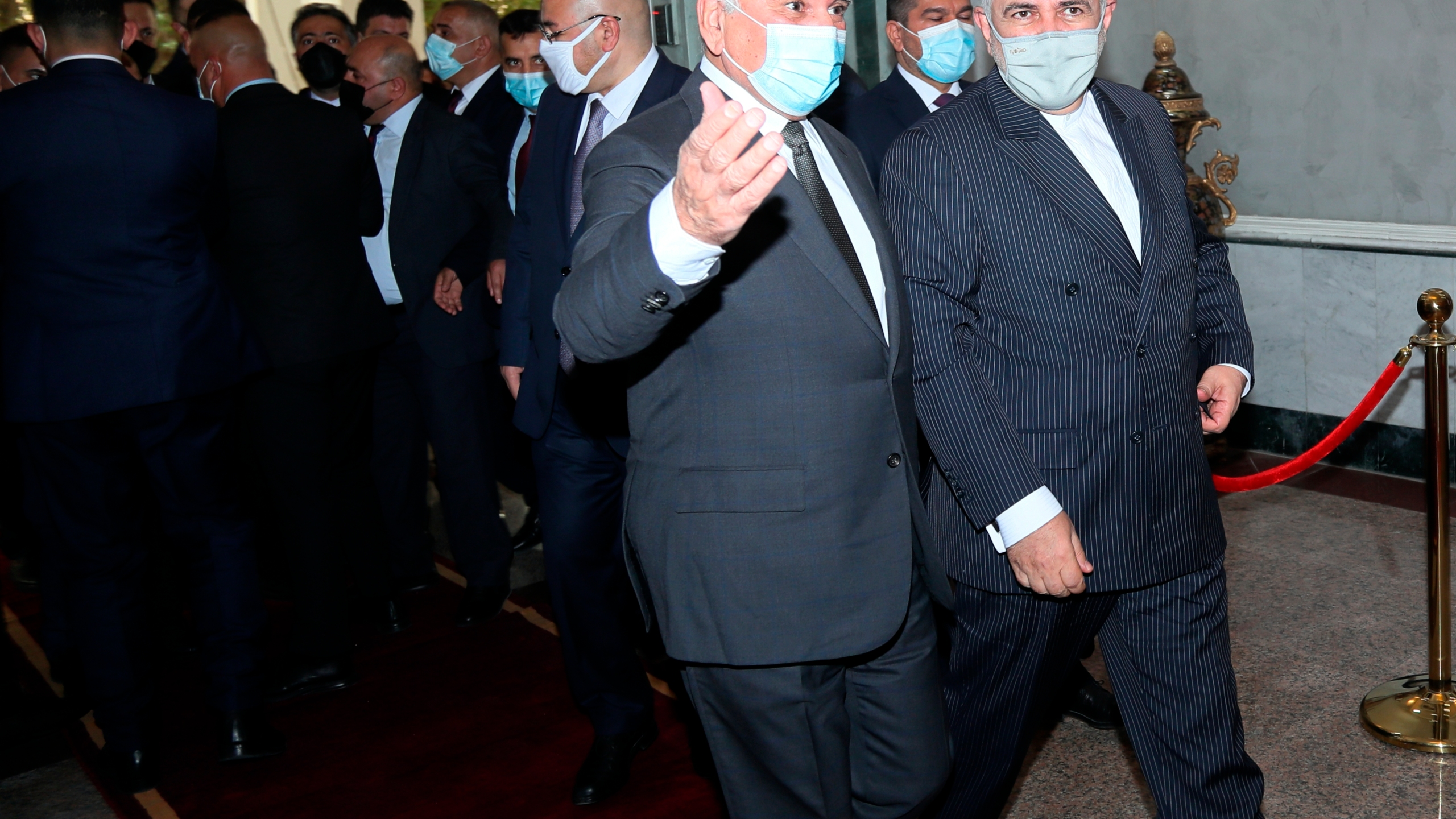 Fouad Hussein, Mohammad Javad Zarif
